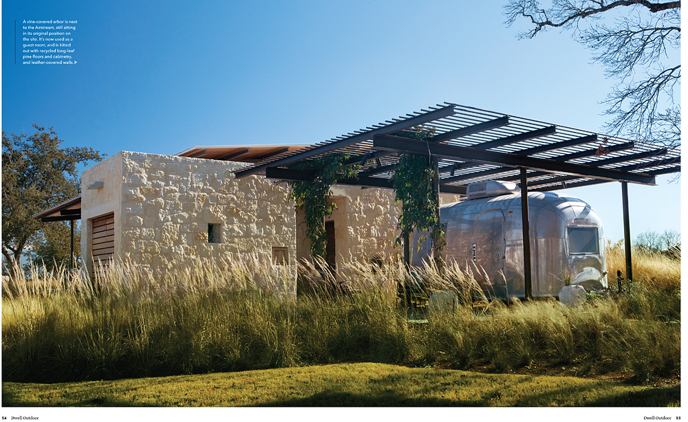 I love texas photo in print brent humphreys for dwell for Hill country contemporary architecture